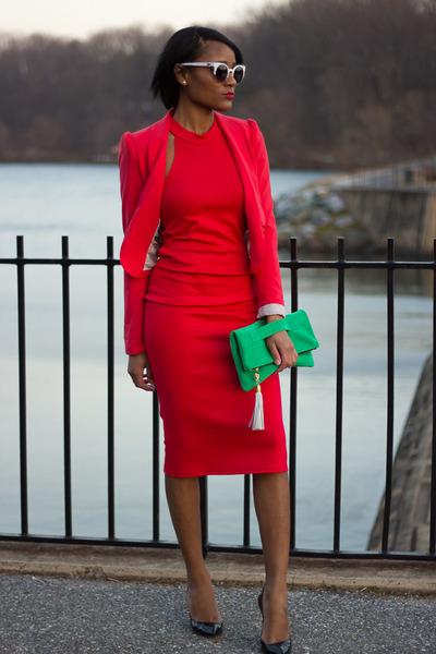 фото красное платье 5
