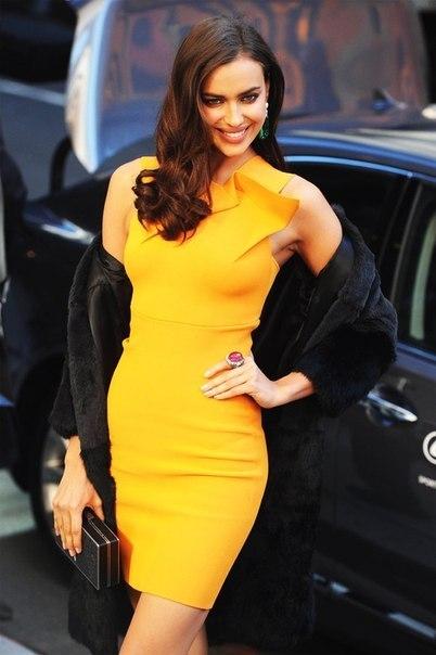 фото желтое платье