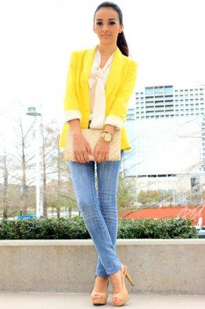 фото желтый пиджак