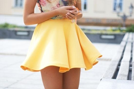 Короткая юбка украина