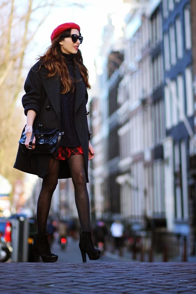 фото черное пальто 2